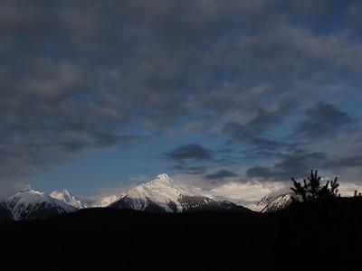 Apr 22-2011 Tantalus Range
