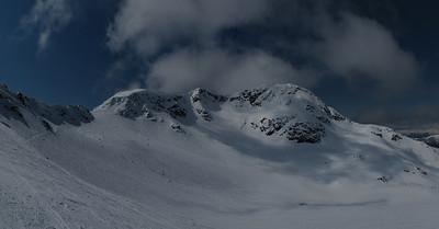 Apr 22-2011 Whistler Peak