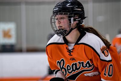 _DLS0563GirlsHockeyVRV19