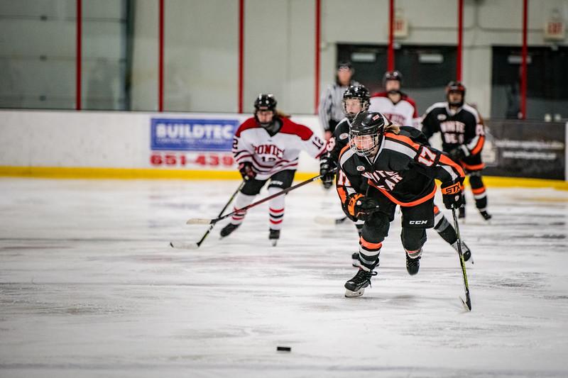 _DLS6194GirlsHockeyVStillwater19