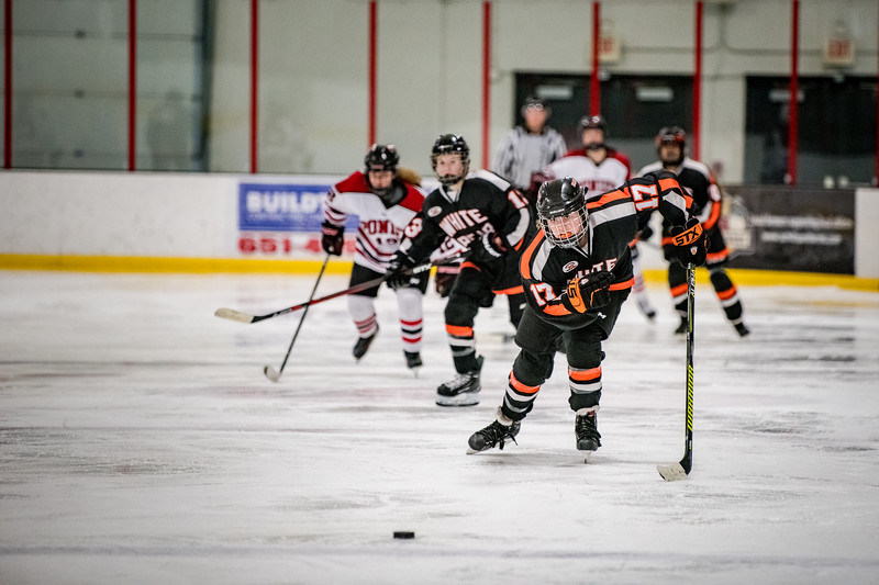 _DLS6195GirlsHockeyVStillwater19