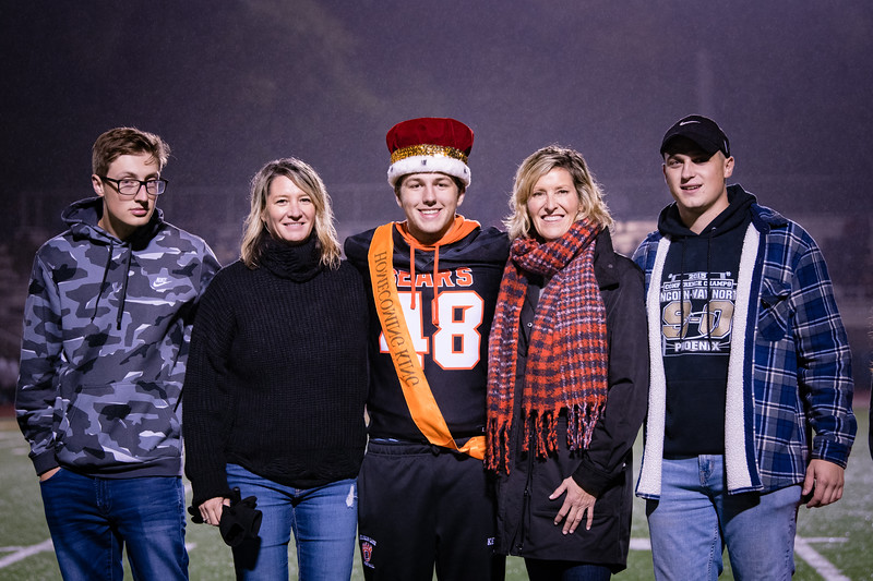 DSC_4242WBFBhomecoming18