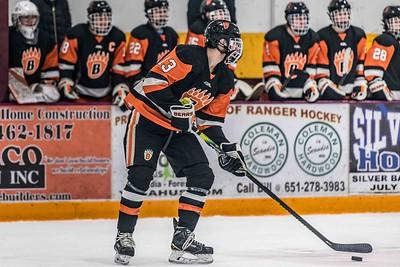 _DLS8026BoysVarsityHockeyVForestLake2020