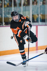 _DLS7930BoysVarsityHockeyVForestLake2020