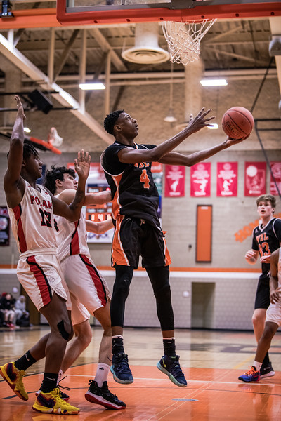 _LAS0542BoysBasketballVNorth2020