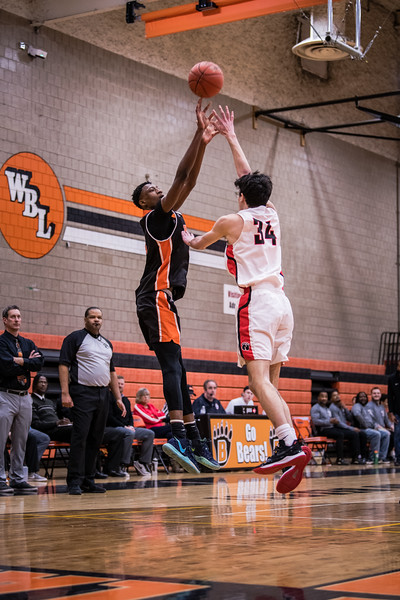 _LAS0525BoysBasketballVNorth2020