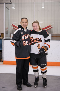 _DLS8303WBLgirlsHockeyRV2019