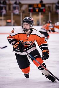 _DLS3824GirlsHockeyVForestLake2020