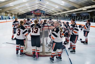 _LGS1301WBLGirlsHockeyVWoodbury21
