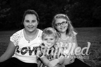White Family Portrait Session (20)
