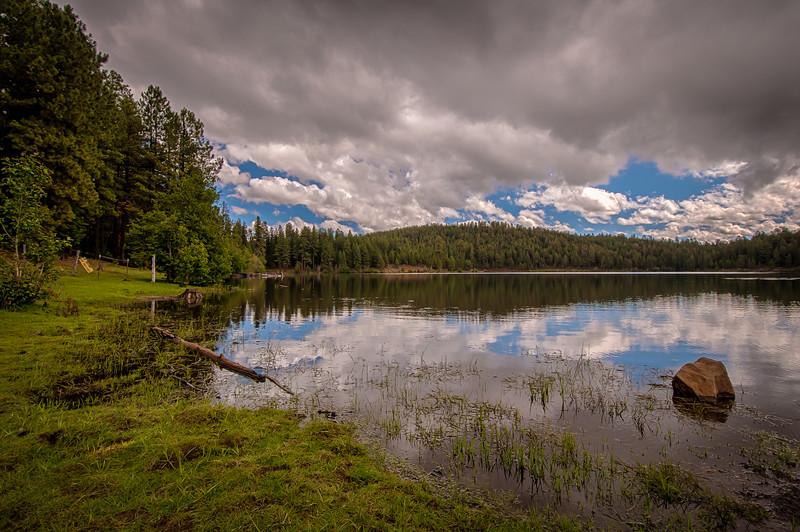 Earl Park Lake