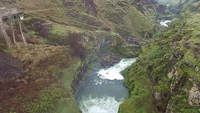 5-From the falls around to its gorge