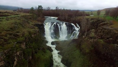 4-Flying to White River Falls