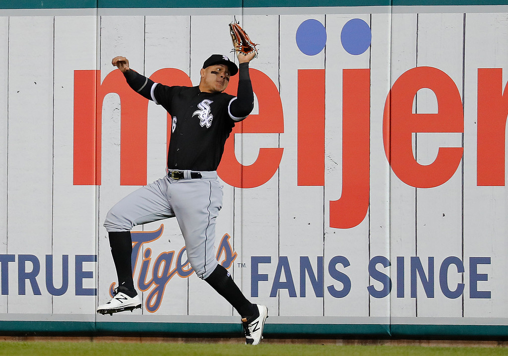 . Chicago White Sox right fielder Avisail Garcia catches a Detroit Tigers\' Ian Kinsler fly ball in the sixth inning of a baseball game in Detroit, Friday, April 28, 2017. (AP Photo/Paul Sancya)