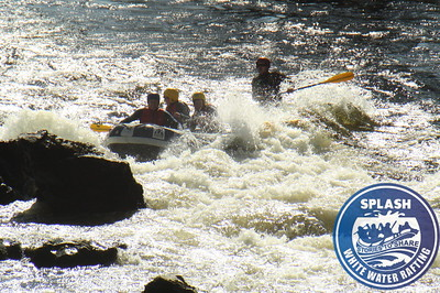 Family rafting on the  Tay   http://www.rafting.co.uk