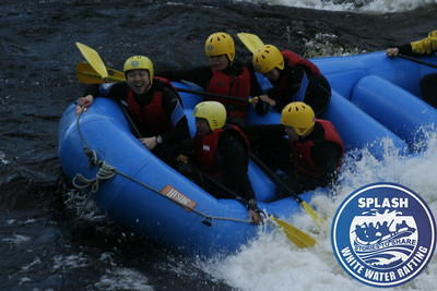 Last River Tay rafting trip of 2009 http://www.rafting.co.uk