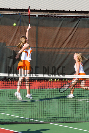 WB Girls Tennis