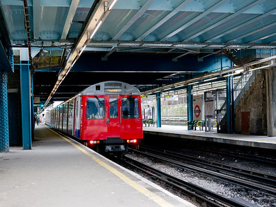 2011, January 27th, the last day that the inner platforms were in use, before removal to facilitate the construction of the new station to support Crossrail (the Elizabeth Line).