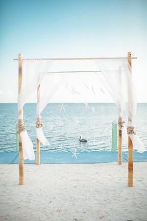 Whitney + Ryan   Drop Anchor Resort   Florida Keys Wedding