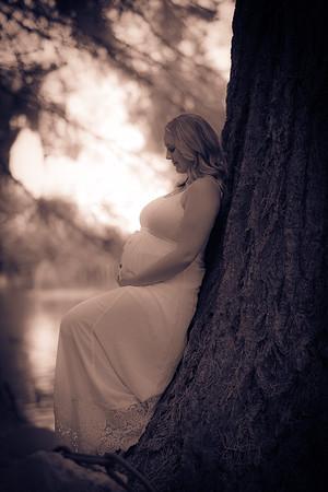 Whitney_Maternity