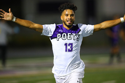 215-2019-10-16 Soccer Whittier v Cal Lutheran-190