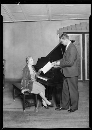 Women presented with new piano for old, Southern California, 1929
