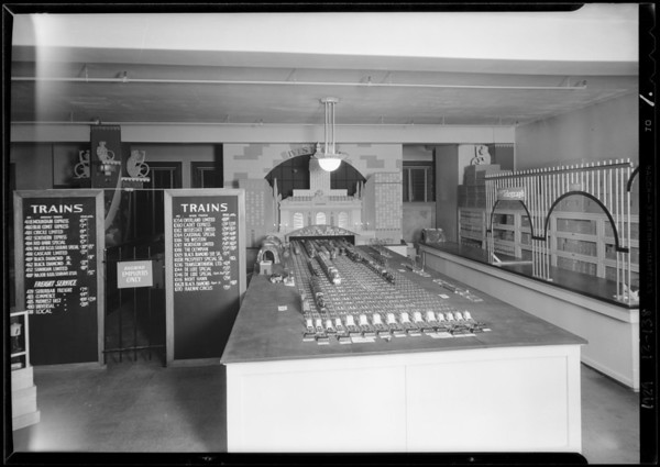 Toy departments, J.W. Robinson, Southern California, 1929