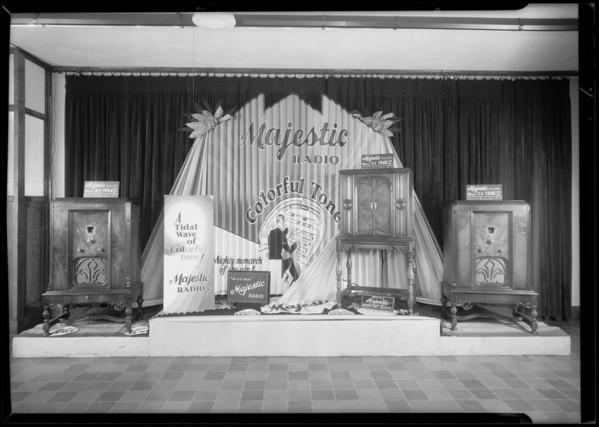 Display at Unger & Watson, Southern California, 1930
