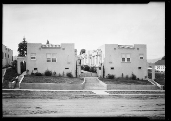 Court at 1159-1163 South Bronson Avenue, Los Angeles, CA, 1924
