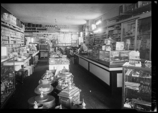 Burrows & Johnsen hardware store, interiors and exteriors, Los Angeles, 1924