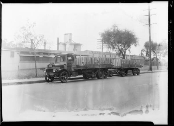 Trucks & trailers - big shipment of El Rey Roofing, Southern California, 1929