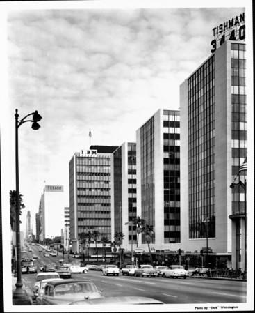 Wilshire Boulevard looking east from Normandie Avenue