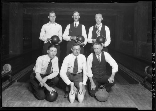Bowling teams at Bimini Bowling alleys, Southern California, 1928