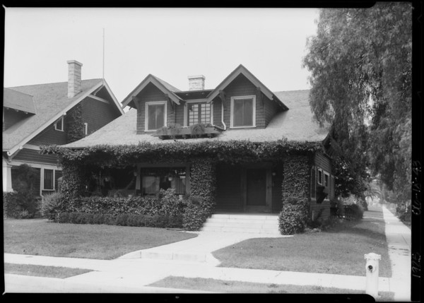 House, Southwest Corner, Leighton Avenue & Budlong Avenue, Los Angeles, CA, 1925
