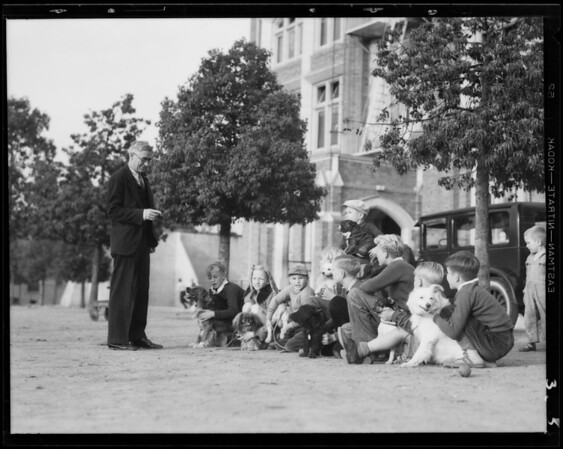 Preview of mutt show, Balto Dog Food, Southern California, 1931
