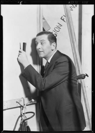 Edward Everett Horton backstage, Southern California, 1929