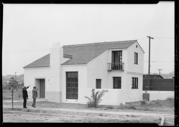 Leimert Park shots with sales group, Los Angeles, CA, 1928