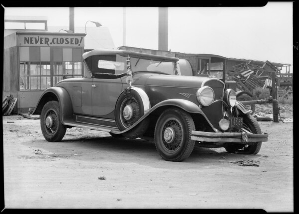 Chrysler roadster, Southern California, 1931