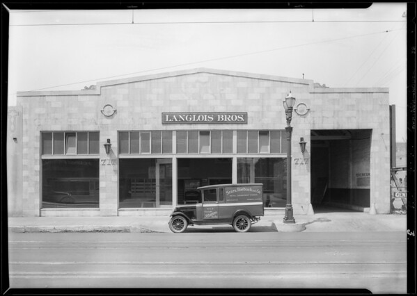 New building on South San Pedro Street, Los Angeles, CA, 1928