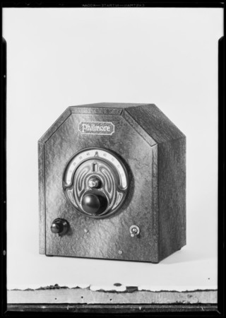 Small radio set, National Auto School, Southern California, 1931