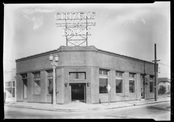 Citizens Trust & Savings Bank, West  62nd Place, South Vermont Avenue, Los Angeles, CA, 1928