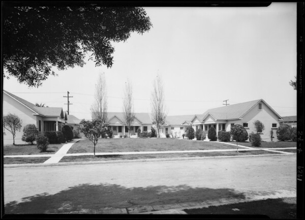 Court at 3967 South Harvard Boulevard, Los Angeles, CA, 1929