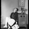Jeanette Loff & Cabinet radio, Southern California, 1928