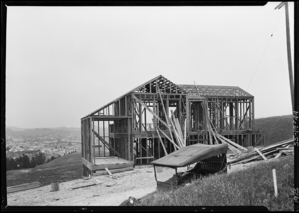 Progress of houses in Highland Villa Park, Southern California, 1925