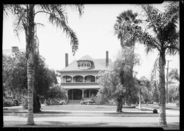 Home of M.A. Newmenk, 880 West Adams Boulevard, Los Angeles, CA, 1925