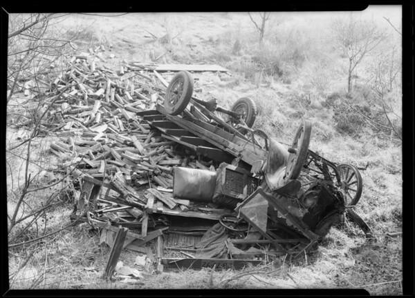 Truck over embankment in La Cañada, La Cañada Flintridge, CA, 1930