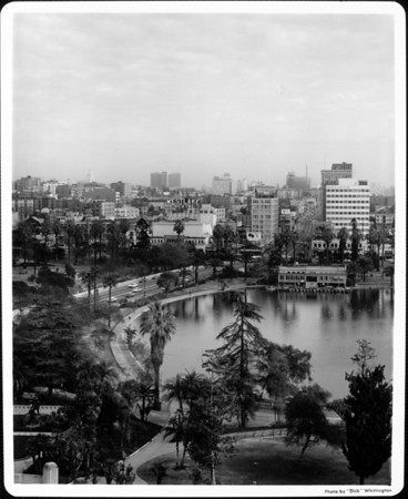 An aerial view of the MacArthur Park with its lake and the immediate area