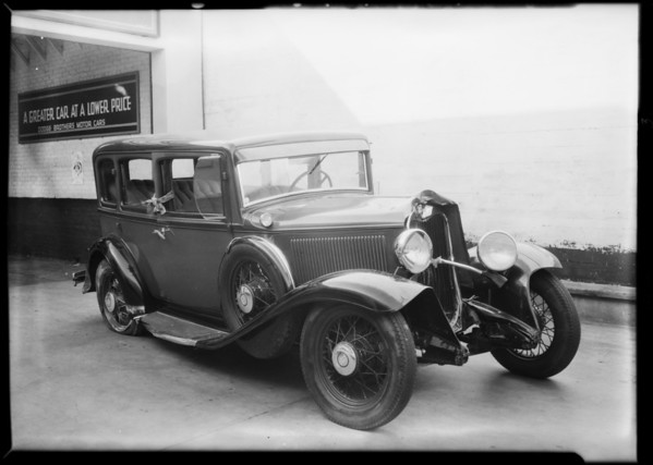 Dodge belonging to Pelton Motor, intersection Venice Boulevard & South Normandie Avenue, Southern California, 1931