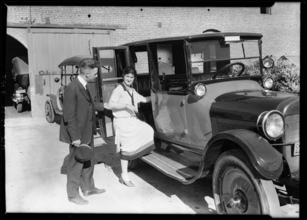 Yellow cab men at Pasadena garage, Southern California, 1925