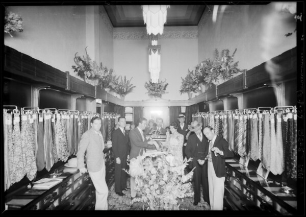 New store, Hollywood, Boulevard & Wilcox Avenue, Los Angeles, CA, 1929